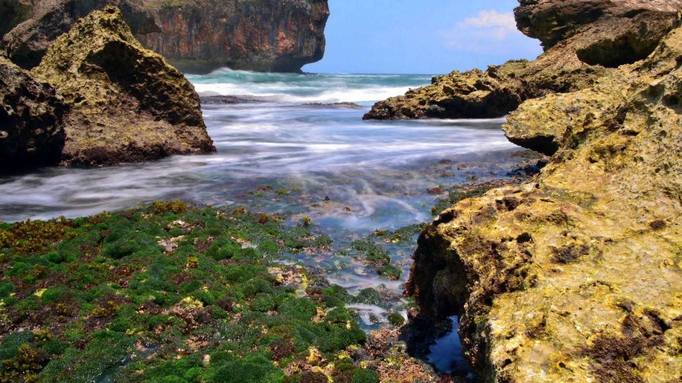 Pantai-Wohkudu-Gunung-Kidul