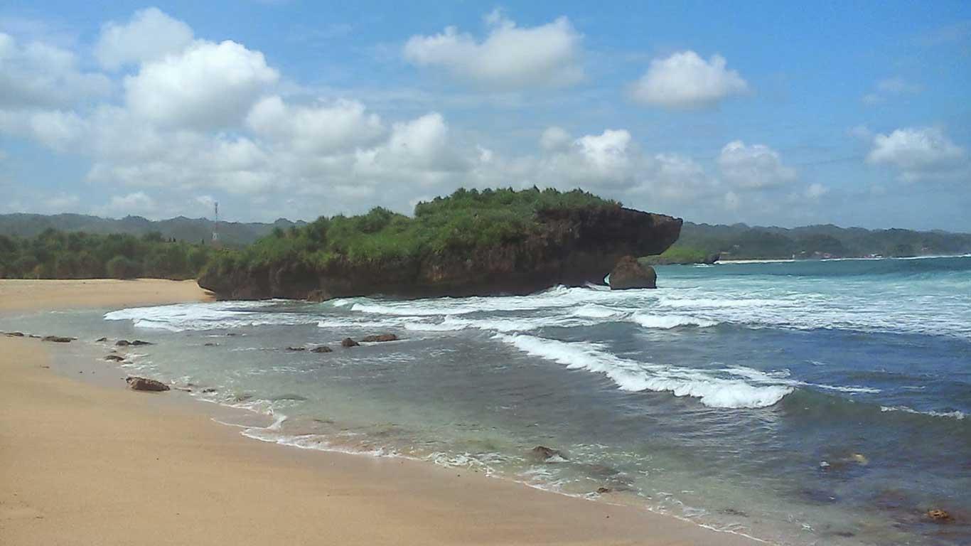 Wisata-Pantai-Sarangan