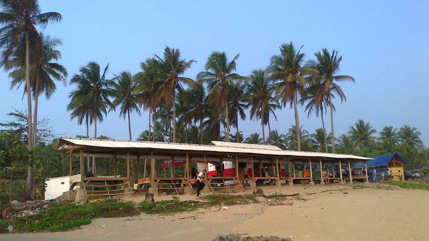 Gazebo Pantai Cihara