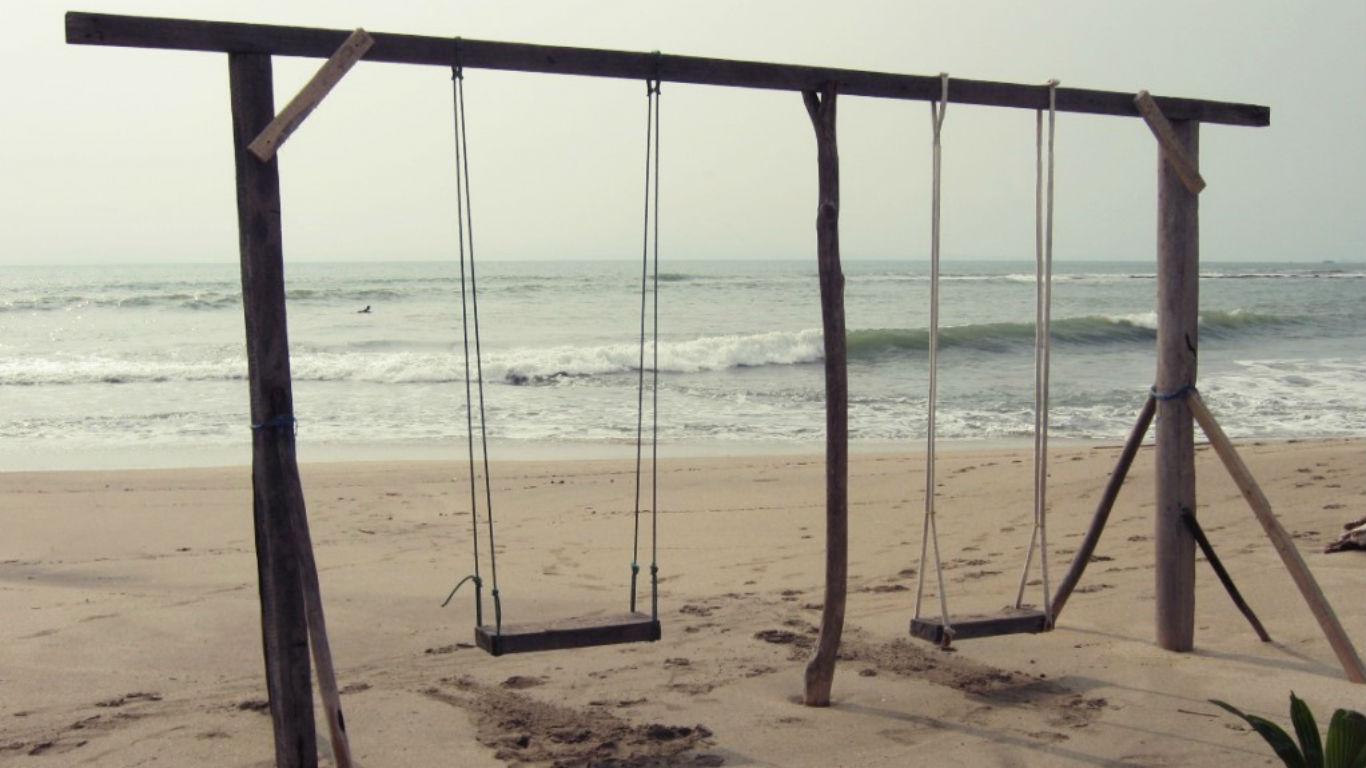 Indahnya Pantai Jambu Anyer
