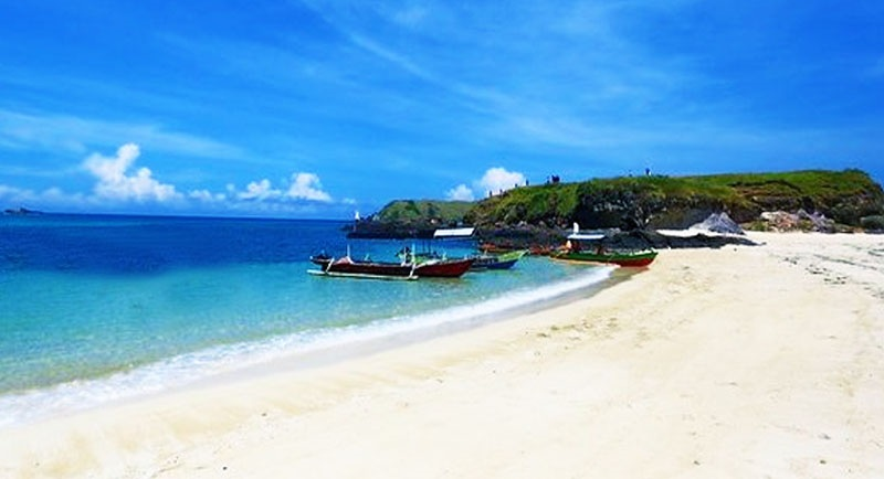 Keindahan Pantai Seger Lombok 1
