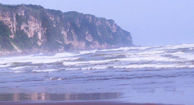 Pemandangan Di Pantai Parangtritis
