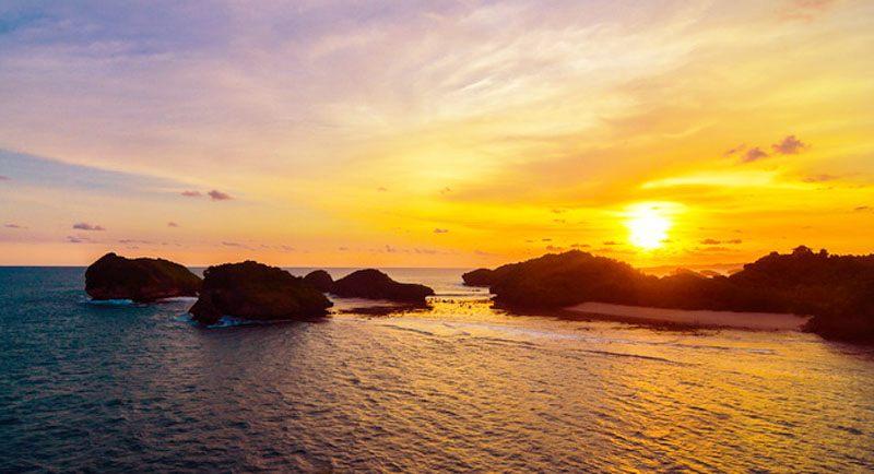 Sunset Di Pantai Kasap Pacitan